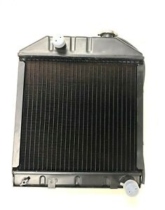 C7nn8005h For Ford Tractor Radiator 2000 2600 3000 3600 4000 4450 4610 Row 4