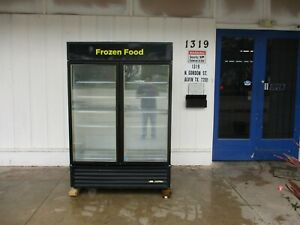 True Gdm 49 Merchandising Freezer Great Condition 4026