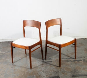 Mid Century Danish Modern Dining Chairs Moller 77 Teak Pair Dalescraft Younger