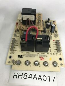 Carrier Furnace Control Board Hh84aa017 695 41 Top Part hhb4aa018 695 100
