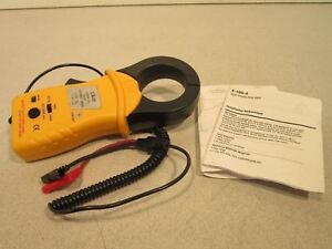 Universal Enterprises Ca40 Clamp on Ac dc Current Probe