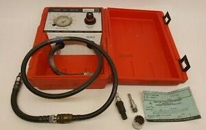 Snap On Tools Mt324 Cylinder Leak Detector W Case