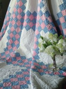 Gorgeous Vintage C1920 30s Blue Pink White Irish Chain Quilt Fresh
