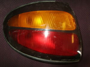 1999 2003 Ford Taurus Driver Side Tail Light Lens And Housing