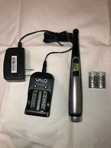 Ultradent Valo Cordless Led Dental Curing Light With Charger 4 Batteries