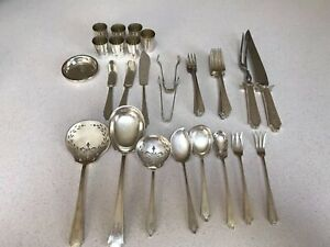 International Sterling Silver Minuet Scrap Or Not 697 Grams Solid 140 Gr Handled