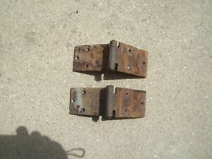 1969 1975 International Travelall Rear Tailgate Hinges