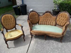 Antique Victorian Couch Love Seat Settee Baloon Back Armed Chair Set