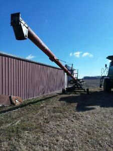 Used Koyker Swing Away Farm Grain Auger 10 Inch X 56 Foot Hydraulic Cylinder