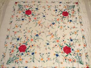 Beautiful Vintage Chinese Canton Embroidered Silk Shawl Embroidery 50 X 50