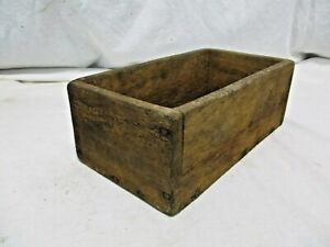 Old Primitive Vintage Antique Wood Small Box Compartment Display Trinket R