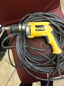 Dewalt Dw272 4000 Rom Variable Speed Reversible Drywall Scrugun read