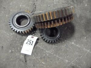International Harvester 1066 Tractor 1 2 Gear Set Tag 251