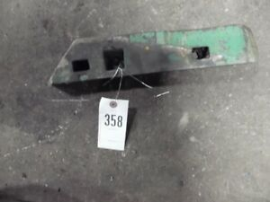 John Deere 4020 Tractor Right 3 Pt Swayblock Wedge Part r39512 Tag 358