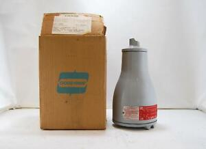 New Crouse Hinds Ev02375 Explosion Proof Tank Observation Light 120 Volts 1 2
