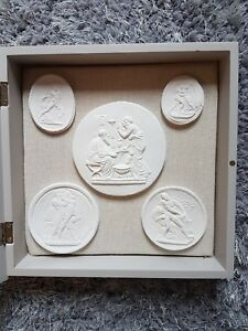 5 Plaster Grand Tour Cameo Intaglios Wall Display Cabinet Framed Tassies Seals