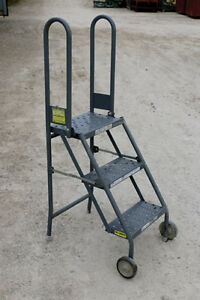 Used Heavy Duty 4 Rolling Step Ladder
