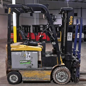 2015 Yale Erc050 5 000lb Electric Forklifts 86 133 Mast With 2015 48v Battery