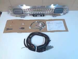 Hummer H3 H3t 19132765 Off Road Front Lower Grille Assy W Lights Wiring Chrome