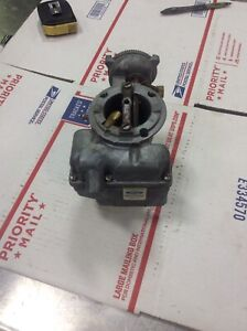 Nos 1974 1976 Ford Truck F100 250 Carburetor
