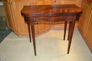 Vtg Hepplewhite Style Mahogany Flip Top Card Game Occasional Console Table