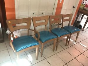 Set Of Four Heywood Wakefield Dogbone Chairs
