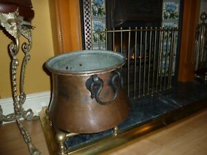 Antique Large Copper Bucket Couldron Scuttle Log Bascet Planter Old Iron Handle