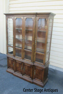 57532 T8 Drexel Tryon Manor 127 434 6 2 Piece China Cabinet Curio Breakfront