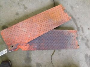 Allis chalmers 210 220 Tractor Rh Lh Floor Board Panels Tag 680