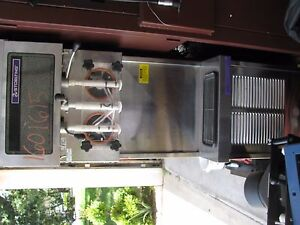 Stoelting 238r 109 Soft Serve Freezer W 2 Hoppers Water Cooled