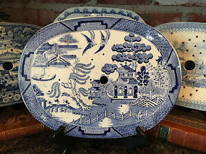 Antique English Platter Drainer Staffordshire Blue Willow Transferware Plateau