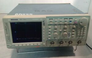 Tds 744a Color Four Channel Digitizing Oscilloscope Opt 13 1f 1m 2f