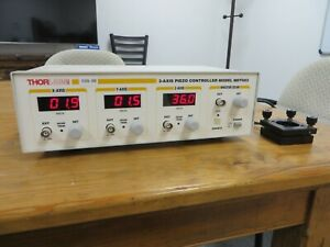 Lightly Used Thorlabs Mdt693 3 axis Piezo Controller W Kinetic Mirror Mount