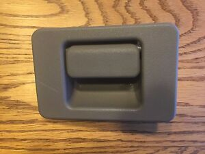 2001 2007 Ford Escape Glove Box Lock Handle Latch Gray Color Oem Factory Part