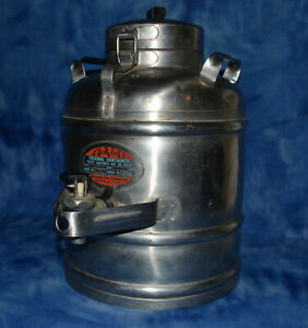 Vintage Aervoid Vacuum Can Co Stainless 2 Gallon Thermos Chicago