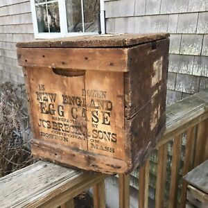 Antique Primitive Wooden Egg Box Crate Storage Container New England Egg Case