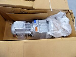 Sew Eurodrive Rf87dre100l4 th Motor Drive Gear Reducer 124 97 Ratio 2 Shaft