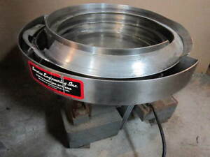 Service Engineering Stainless Steel Vibratory Bowl Feeder 15 Inch