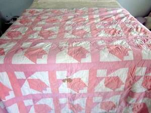 Antique Pink White Quilt Fabulous For A Shabby Cutter Chic