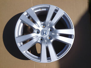 2016 2017 2018 Honda Pilot Ridgeline 18 Factory Rim With Center Cap Oem 64087