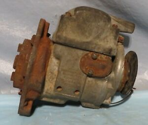 Farmall International Harvester H4 Magneto 6482 dax H41083499 Untested