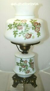 Vintage Accurate Casting Painted Flowers Milk Glass 3 Stage Electric Table Lamp