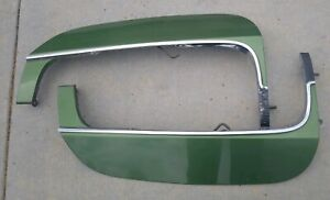 1970 Buick Riviera Fender Skirts With Trim