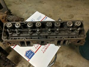 74 79 Corvette Gm 333882 Head 1 94 Valves Nice Condition Needs Cleaning