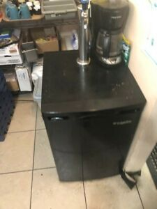 Commercial Beer Cooler Small Black