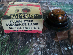 Do Ray Lamp Clearance Lamp One Nib No 1240 12v Vintage Truck Bus Glass Lens
