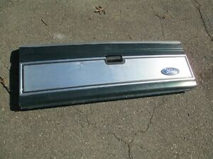 1983 92 Ford Ranger Xlt Tailgate W ss Panel Green Very Nice Read About Shipping