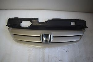 2004 2005 Honda Civic Grille Grill Upper 71122 S5a Oem