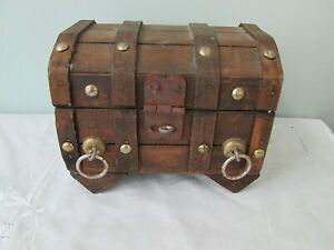 Vintage Pirate Treasure Chest Latched Wood Box Small