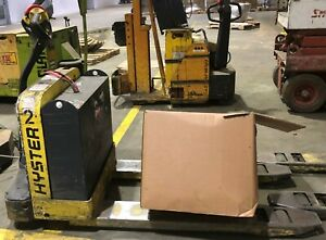 Hyster W40z Electric Fork Lift New Battery And Charger